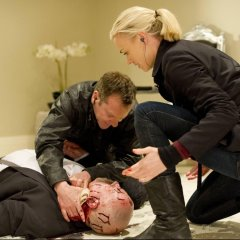 Jack-Bauer-Kate-Morgan-Yvonne-Strahovski-Kiefer-Sutherland-Stolnavich-Stanley-Towsend-24-Live-Another-Day-Episode-11-1024x660-916a8fb3272a6a4809026eaa1c754583.jpg