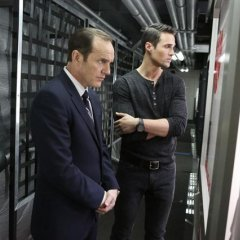 Agents-of-SHIELD-1x14-TAHITI-2-44bcb27189690be36de30ebcc0ec1da2.jpg