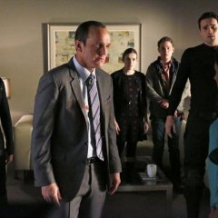 Agents-of-SHIELD-1x14-TAHITI-8-5d8a09743083a9f0522541d1b2d7a6c3.jpg