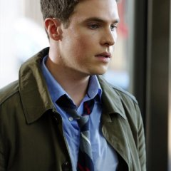 agents-of-shield-iain-de-caestecker1-04d059b08820258aee088e6fe6d32223.jpg