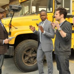 Psych-Episode-8.10-The-Break-Up-Promotional-Photos-1-595-slogo-d1da02746c7a31ec4054016e66a9e6ca.jpg