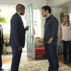 Psych-Episode-8.10-The-Break-Up-Promotional-Photos-11-595-slogo-4352816a395657f92fd77044a9c8eafc.jpg