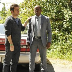 Psych-Episode-8.10-The-Break-Up-Promotional-Photos-3-595-slogo-35cf95f4e0fd23f0c188cb43e7ab729f.jpg