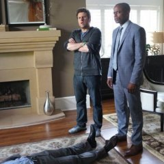 Psych-Episode-8.10-The-Break-Up-Promotional-Photos-6-595-slogo-1095f261399ba19265c7c831a4cdc058.jpg
