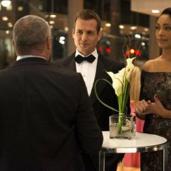 Suits-Episode-2.16-War-Promotional-Photos-11-FULL-ac43a8d4388df768994ac5895d8e0da7.jpg