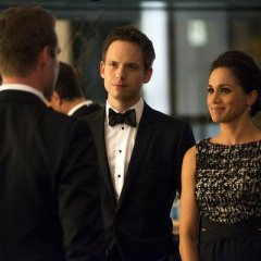Suits-Episode-2.16-War-Promotional-Photos-6-FULL-25f27a7e40cd6f819d2380355a66cf71.jpg
