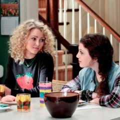 The-Carrie-Diaries-Episode-2.11-Hungry-Like-the-Wolf-Promotional-Photos-5-595-slogo-fdd5f77dd08733f8ac73f9b6a0308695.jpg